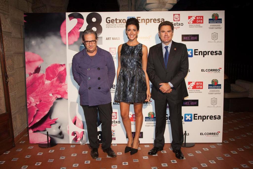 Miguel Palacio, Noelia López y Alcalde de Getxo, Imanol Landa