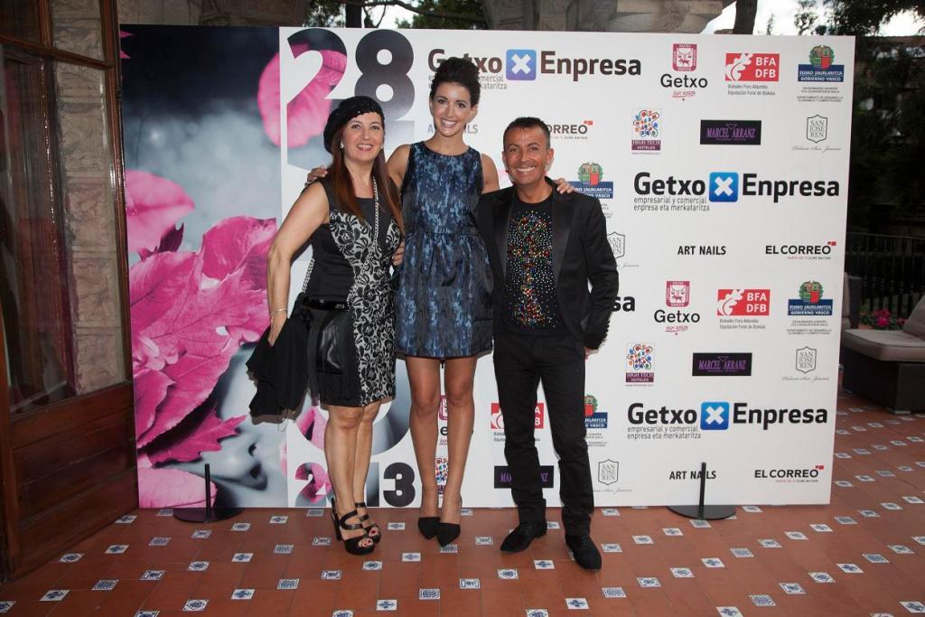 Pilar de Marcel Arranz, Noelia López y Manuel Mon