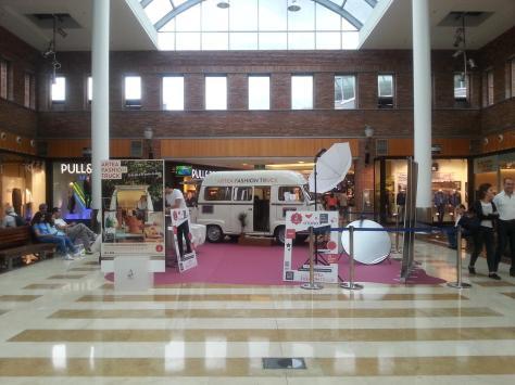 artea fashion truck en plaza de cristal